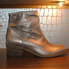 VIC Rogers Metallic £245.00